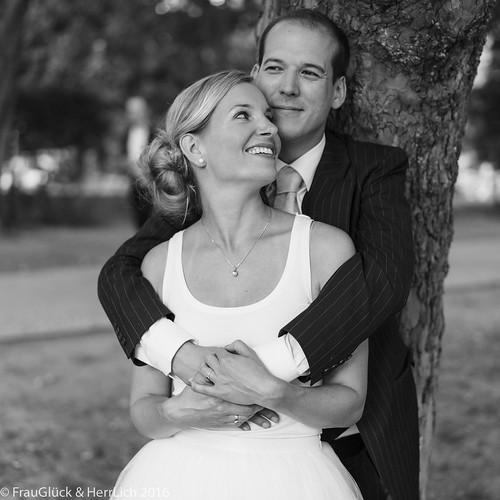 """#frauglueckundherrlich #frauglück #hochzeitsreportage #hochzeitsfotografie #urbaneHochzeiten #exklusiveHochzeiten #hochzeit2017 #heirateninberlin #bridetobe #bride2be #instabräute #instabraut #loveshot #paarshooting #pärchenshooting #coupleshooting #paars • <a style=""""font-size:0.8em;"""" href=""""http://www.flickr.com/photos/83275921@N08/29504214593/"""" target=""""_blank"""">View on Flickr</a>"""