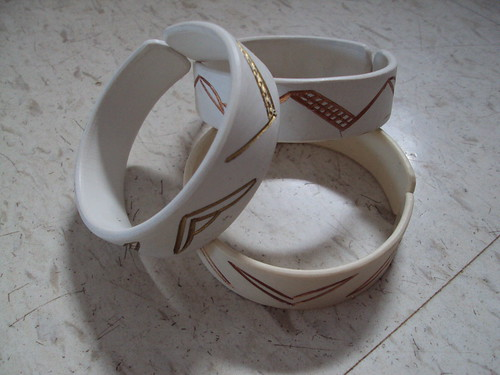 White and Gold Plastic Bangles
