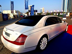 mercedes maybach side angle (Infernal elf) Tags: blue red summer white money black reflection fantastic dubai skies crystal sweet magic great rich deep arabic emirates dollar huge richness rims luxury min wealth splendid dyr v12 maybach mercedez nbd  a luksus worldcars  amaizng   stunnign