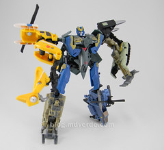 Transformer Skyburst Power Core Combiners - modo combinado