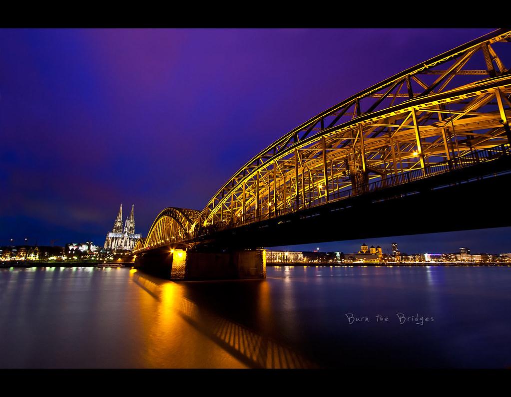 Project 365, 184/365, Day 184, cologne, wide angle, dom, köln, night, nightshot, water, reflection, light, waterfront, bridge, burn the bridges, night scene, scene