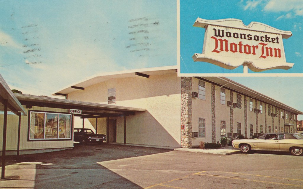 Woonsocket Motor Inn - Woonsocket, Rhode Island