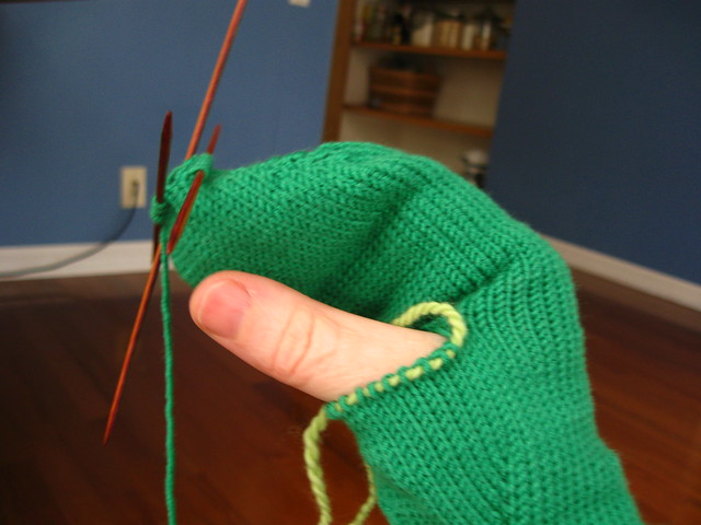 green mittens in progress