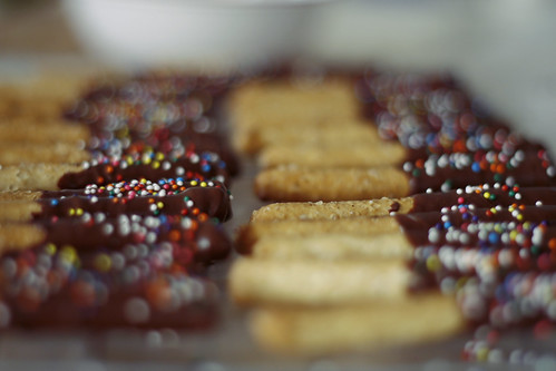 chocolate-jimmie pretzles