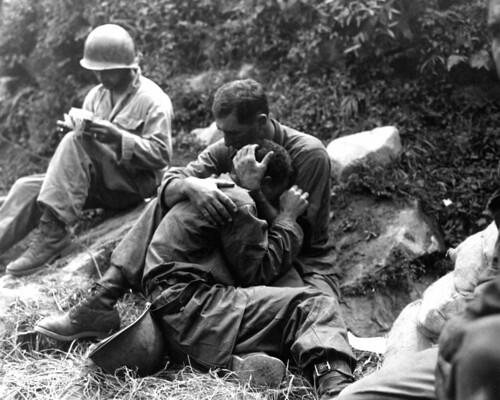 [フリー画像] 社会・環境, 戦争・軍隊, 歴史, 兵士, 朝鮮戦争, モノクロ写真, アメリカ陸軍, 201102222300
