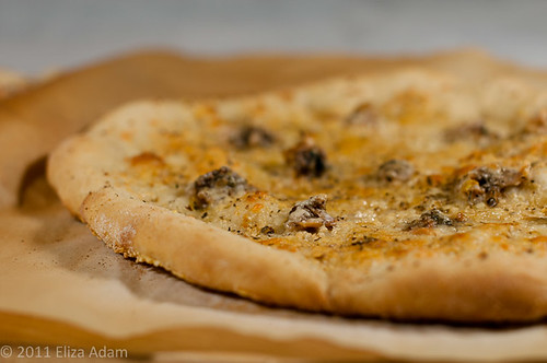 New Haven white clam pizza