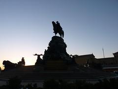 Washington At Sunset (Roblawol) Tags: sunset horse philadelphia statue washington buffalo pennsylvania pa historical philly elk georgewashington nativeamericans equestrianstatue benfranklinparkway february23 philadelphiaartmuseum springgarden 2011 022311