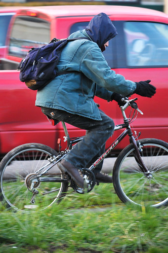 People on bikes- SE Ankeny-2