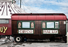 Vita nomade (Teo's photo) Tags: barcelona travel spain nikon circo circus barcellona spagna d300
