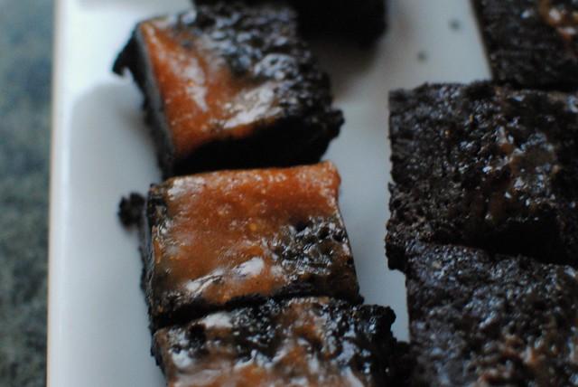 caramel salted brownies