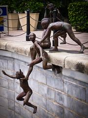 Public art 2 (Marc Rauw.) Tags: city sculpture singapore kitlens olympus publicart olympuspen m43 1442mm epl1 microfourthirds μ43 yahoo:yourpictures=sculptures