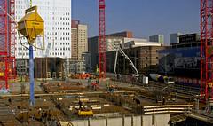 "Building ""De Rotterdam"" # 1 (Kleiobird) Tags: rotterdam nederland thenetherlands wideangle remkoolhaas oma kopvanzuid wilhelminakade groothoek pentaxk10d zblinnederland"