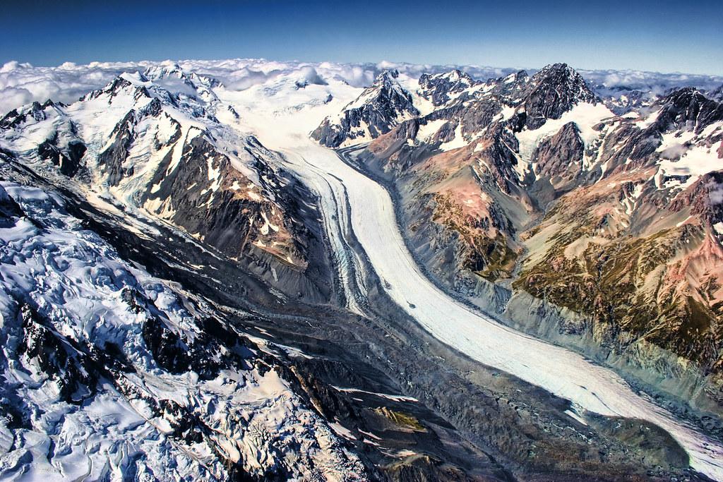 Mount Cook (Aoraki) II - the curve of the earth