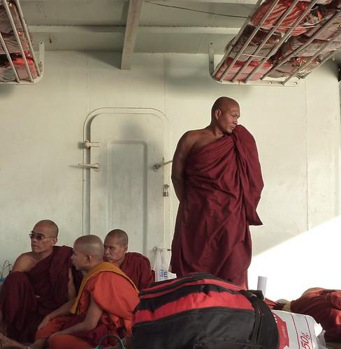 Yangon-Pathein-Bateau-Soiree (2)