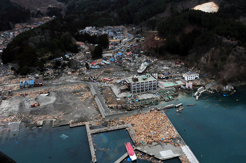 Aerial view of damage to Wakuya, Japan following earthquake(U.S. Navy photo by Mass Communication Specialist 3rd Class Alexander Tidd/Released)