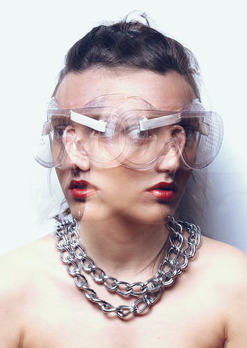 Catálogo: Moda y Vanguardia