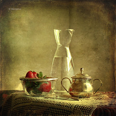 Still life & Strawberries (MargoLuc) Tags: light stilllife texture water strawberries refraction platinumheartaward artistictreasurechest magicunicornverybest selectbestfavorites selectbestexcellence magicunicornmasterpiece sbfmasterpiece sbfgrandmaster