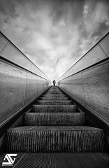Stairway to Heaven ? (A.G. Photographe) Tags: blackandwhite bw white black france nikon noir noiretblanc sigma nb ag nikkor blanc 1224mm français hdr 1224 anto photographe xiii opposti hdr1raw d700 1224mmsigma antoxiii photoengine oloneo agphotographe