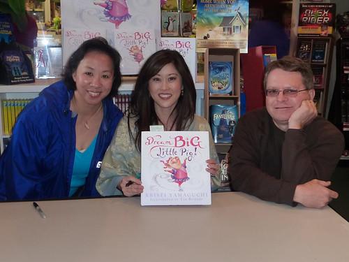 Kristi Yamaguchi and her little book.