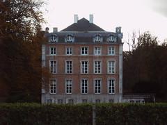 30.6 2005 Lozer Castle