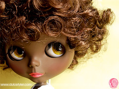Black Blythe - Ella