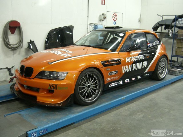 Orange S50B32 M Coupe Race Car