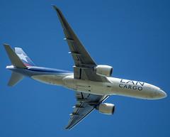 LAN Cargo (olaf.steenbock) Tags: castricum flugzeug niederlande passatkarteideutschland passattreffen boeing n772la 777 lan cargo