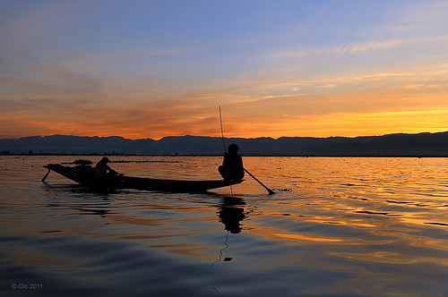 Sunset on the Inle lake - Myanmar
