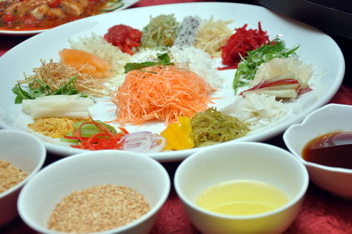 Tropical Fruit Yee Sang
