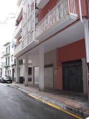 situado en 2ª línea de playa y pleno centro. Infórmese sin compromiso en su agencia inmobiliaria Asegil. www.inmobiliariabenidorm.com