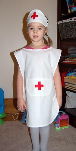 Сшить детский костюм медсестры своими руками 27