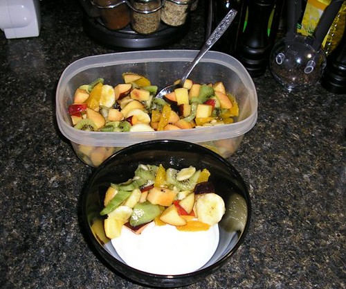 Fruit salad and yogurt