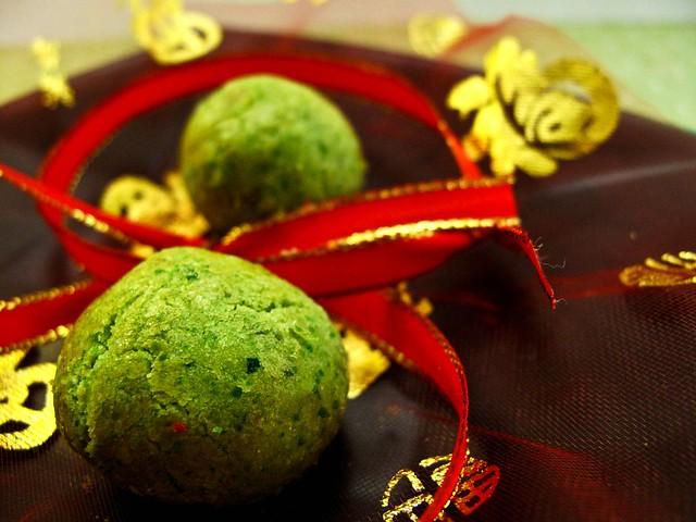 IMG_0613  Green pea cookies ,青豆饼