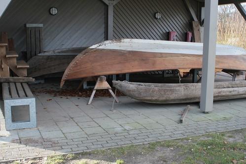 Ruderboot aus Norwegen neben Nökkvi in Haithabu WHH 08-02-2011
