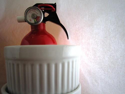 Fire extinguisher ramekin