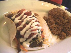 El pastor & pineapple taco, rice & beans