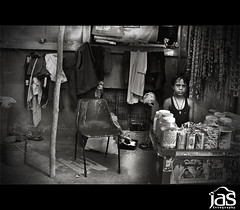 child labor (jas-B) Tags: boy child streetphotography childlabor roadsideshop delhi06 chandnichownk