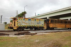 CSX #900016, Florida, Polk County (4,640) (EC Leatherberry) Tags: railroad florida caboose mow polkcounty baywindow us92
