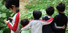 ! أطفالنا والتقنية (عفاف المعيوف) Tags: friend أطفال أولاد أصدقاء تقنية