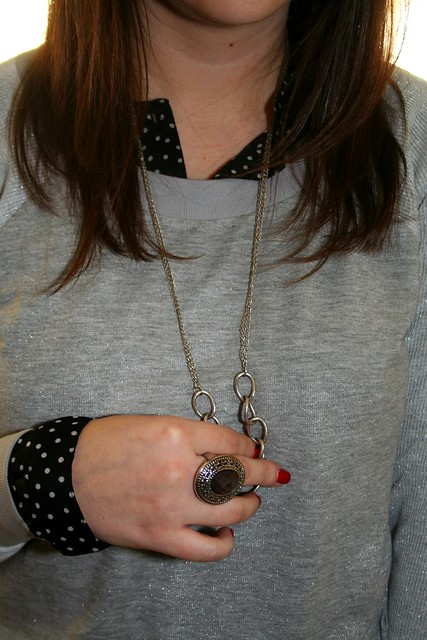polka dot, sparkle, sweatshirt, black, necklace