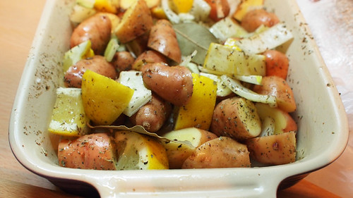 Lemon potatoes ready for baking
