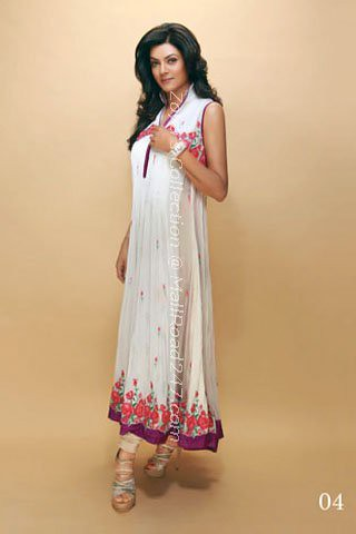 "<a href=""http://www.mallroad247.net/home/Designer-salwar-kameez--Shalwar-kameez-online-cheap-price-p44.htmll""> Crescent Lawns 2011 summer collection!</a>"