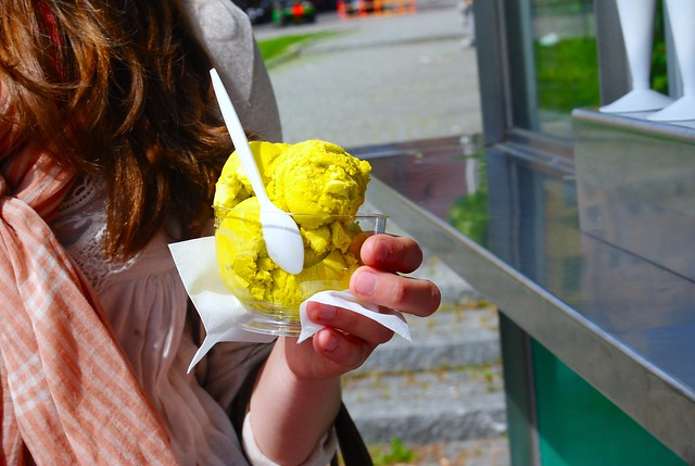 the brightest yellow gelato i've ever seen