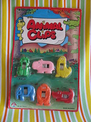 Animal clips (Retro Mama69) Tags: vintagetoys retrotoys childhoodtoys animalclips juguetesnrfb toysmintcondition nrfbtoys dimestoretoys toysinpackage toysmadeinchina toysmadeinjapan