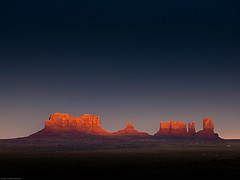 Sunset, Monument Valley (Perspicacious) Tags: arizona usa january monumentvalley navajoreservation 2011 charlottejgilhooly