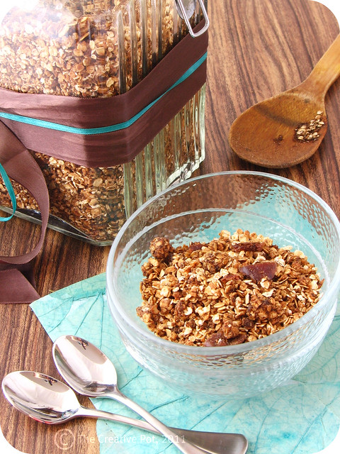 Coffee & Peanut Butter Granola a-w