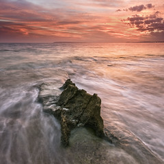 Resistance (Infernal Version) (DavidFrutos) Tags: costa seascape beach water rock clouds square landscape coast agua rocks waves wave playa paisaje alicante filter lee nubes nd filters olas roca rocas ola waterscape filtro sigma1020mm filtros gnd a700 neutraldensity sonydslr densidadneutra concordians davidfrutos cabodelahuerta magicunicornverybest magicunicornmasterpiece singhraygalenrowellnd3ss onlythebestofnature
