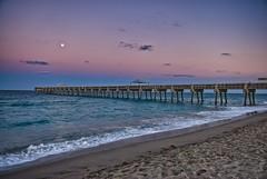 _DSC0480_HDR (Tim McKusker) Tags: beach pier d200 hdr nikkor1755mmf28 nikhdrefexpro