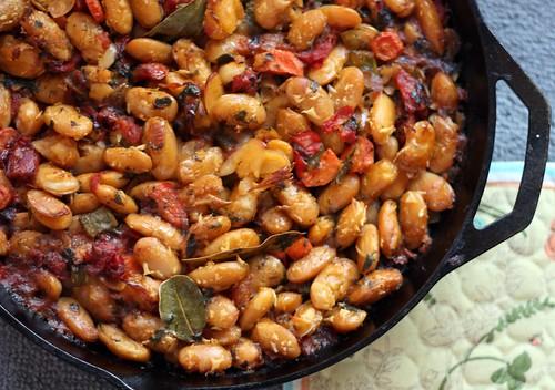Meatless Monday: Gigantes Plaki (Greek Baked Bean Casserole) – Elly ...