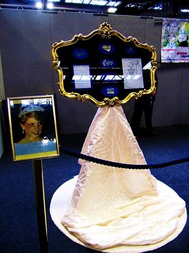 Princess Diana Wedding Dress 3